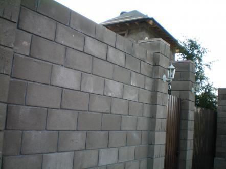 забор из блока